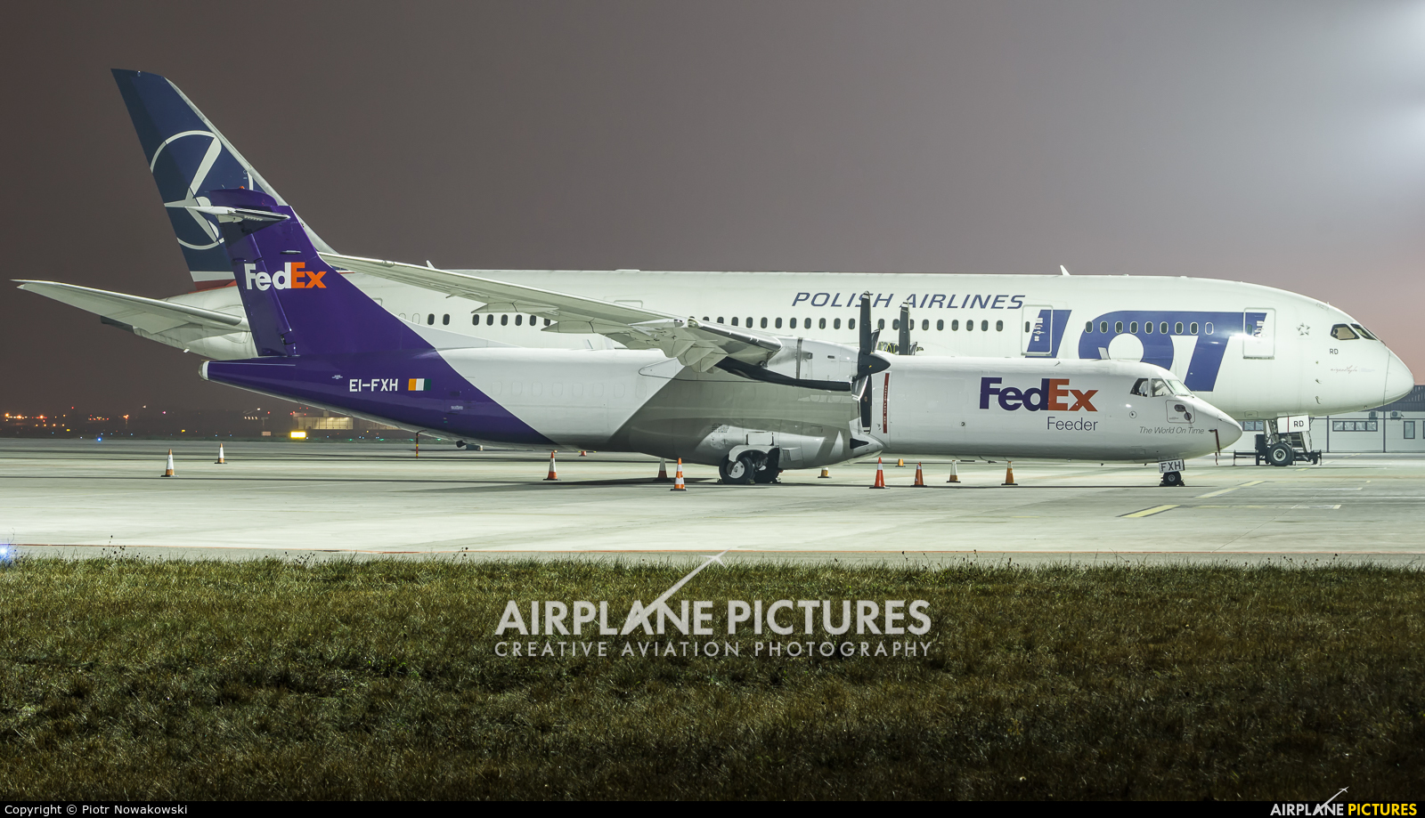 FedEx Feeder EI-FXH aircraft at Warsaw - Frederic Chopin