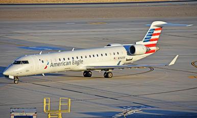 N742SK - American Eagle Bombardier CRJ-700
