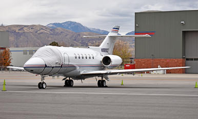 N989CE - Private Raytheon Hawker 800XP