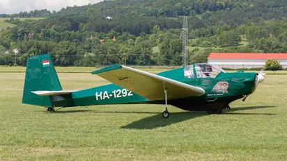 HA-1292 - Private Scheibe-Flugzeugbau SF-25 Falke