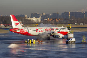 VP-BWW - Red Wings Airbus A320