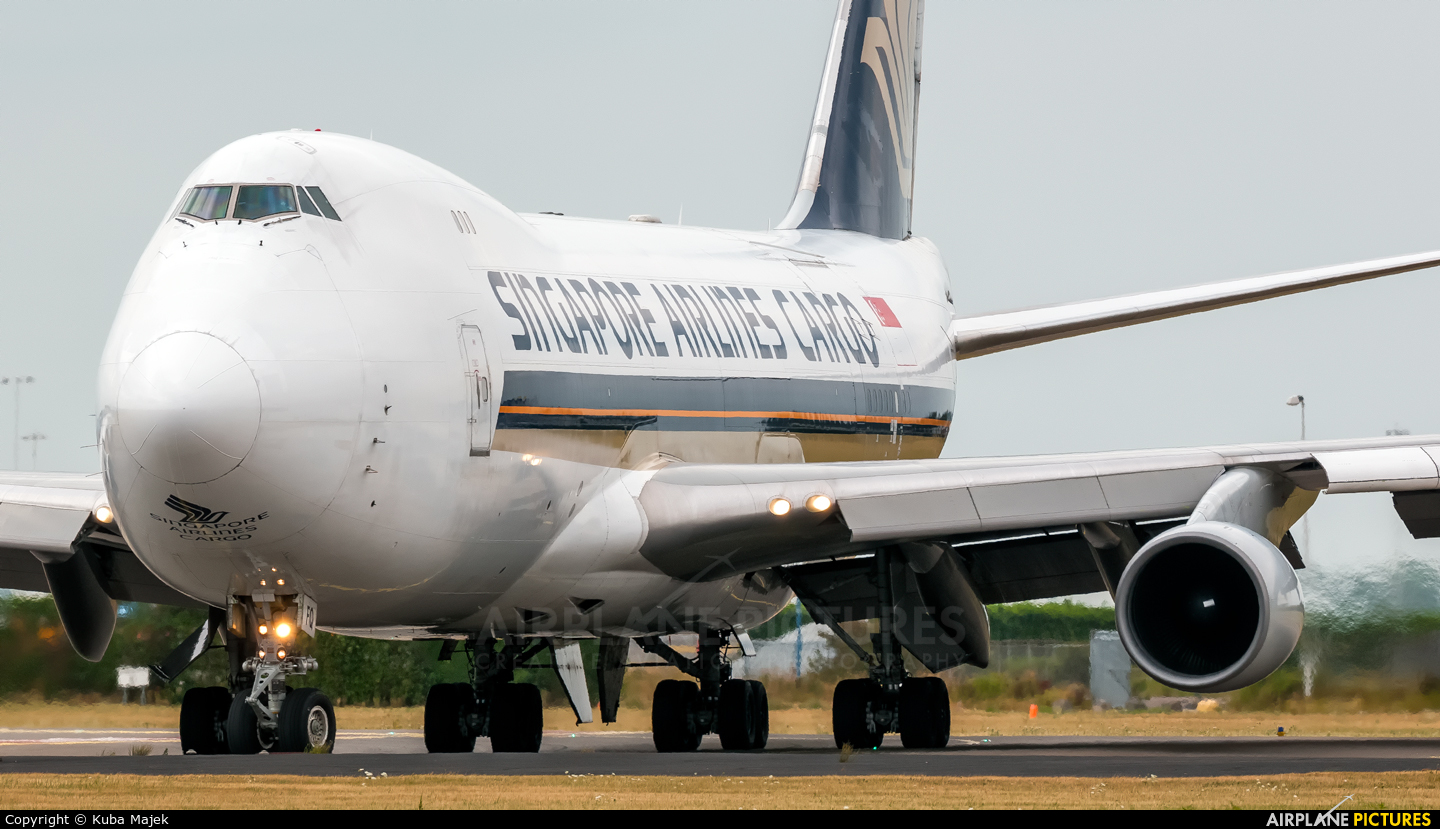Singapore Airlines Cargo 9V-SFQ aircraft at Amsterdam - Schiphol