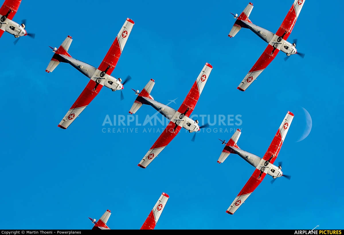 Switzerland - Air Force: PC-7 Team A-940 aircraft at Locarno