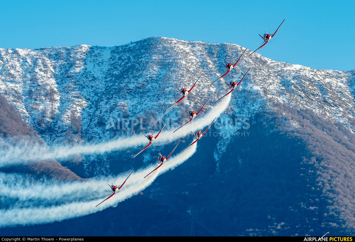 Switzerland - Air Force: PC-7 Team A-922 aircraft at Locarno