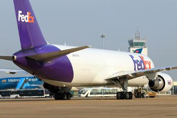 N107FE - FedEx Federal Express Boeing 767-300F