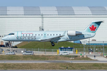 C-FWJI - Air Canada Express