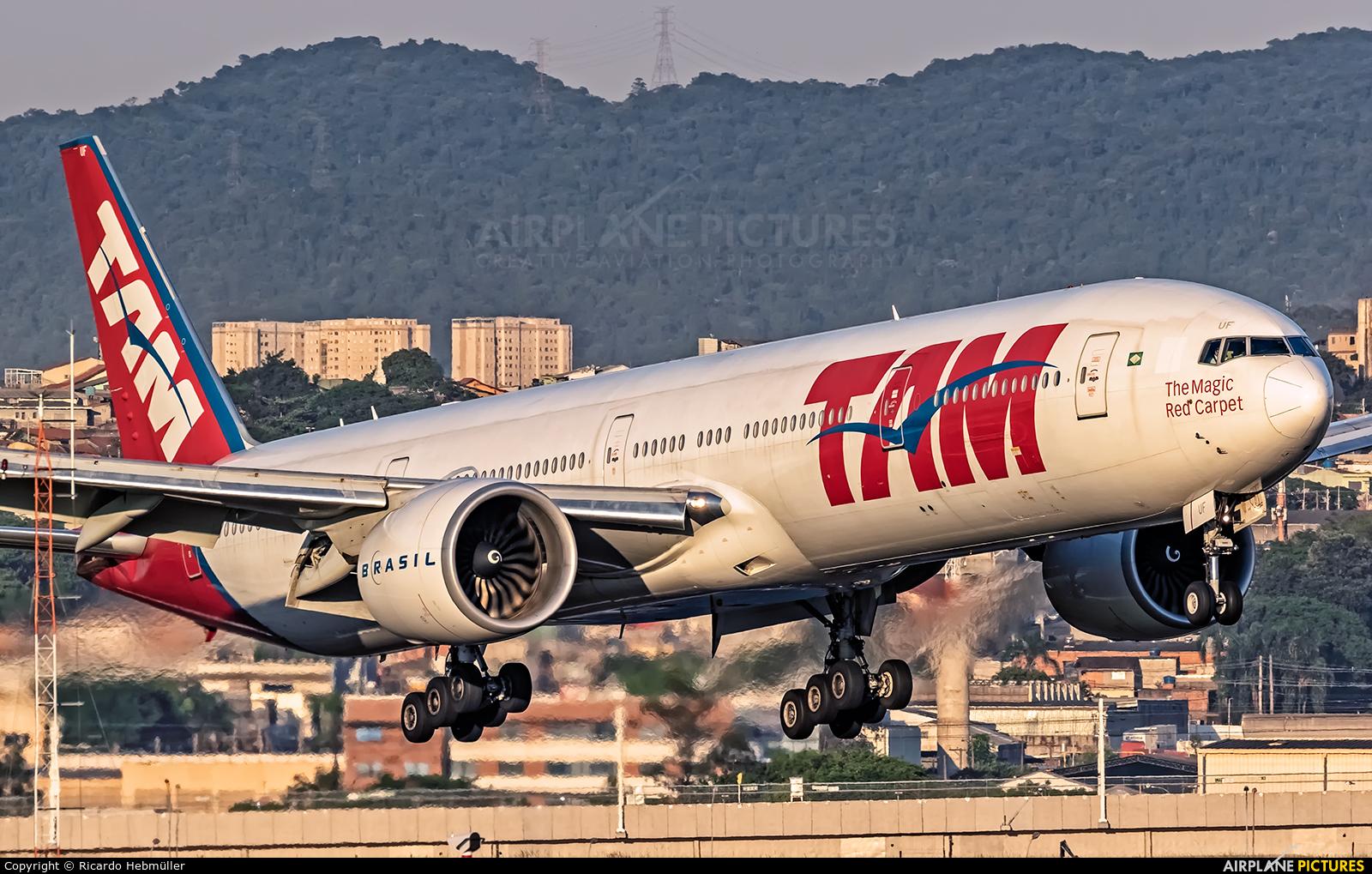 TAM PT-MUF aircraft at São Paulo - Guarulhos