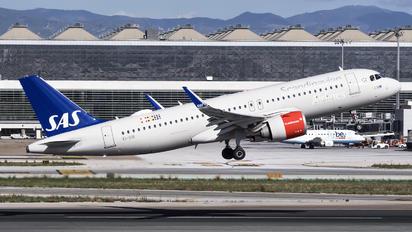 EI-SIB - SAS - Scandinavian Airlines Airbus A320 NEO