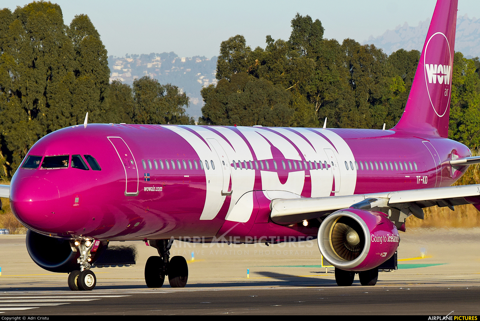 WOW Air TF-KID aircraft at Barcelona - El Prat