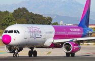 HA-LXH - Wizz Air Airbus A321 aircraft