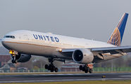 N77014 - United Airlines Boeing 777-200ER aircraft