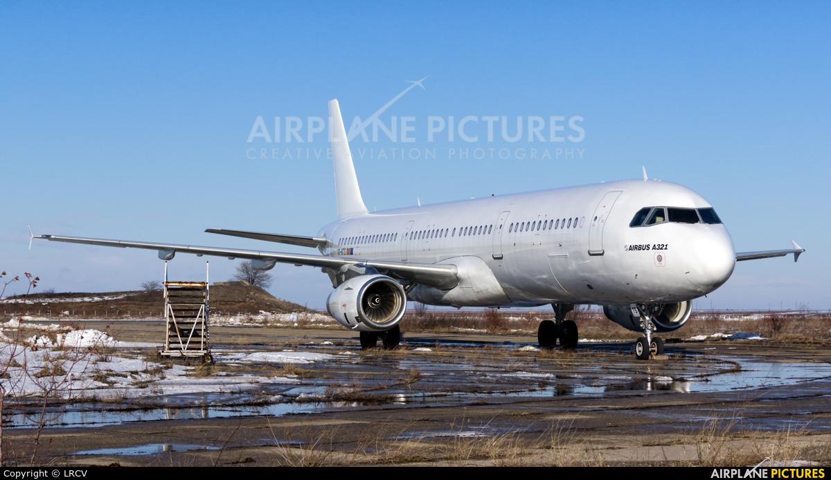YR-NTS - Just US Air Airbus A321 at Craiova | Photo ID