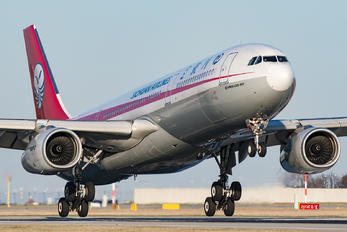 B-5929 - Sichuan Airlines  Airbus A330-300