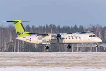 YL-BAQ - Air Baltic de Havilland Canada DHC-8-400Q / Bombardier Q400