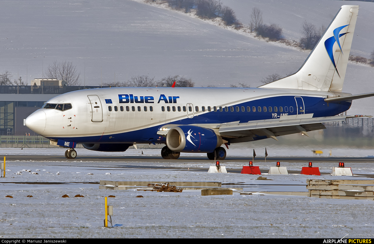 Blue Air YR-AME aircraft at Kraków - John Paul II Intl