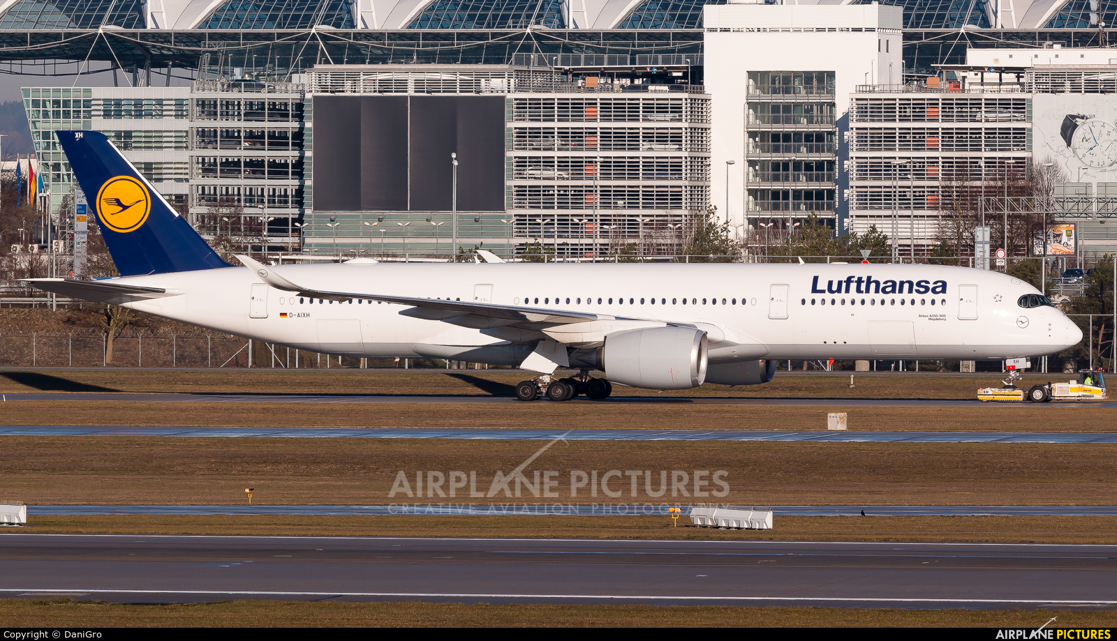 Lufthansa D-AIXH aircraft at Munich