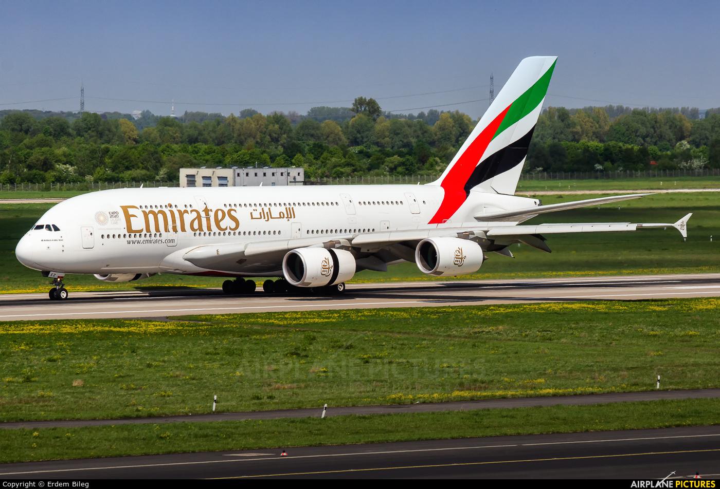 Emirates Airlines A6-EEZ aircraft at Düsseldorf