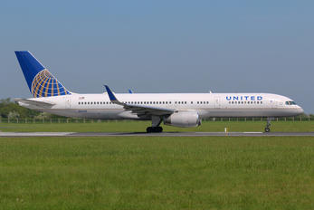 N14115 - United Airlines Boeing 757-200