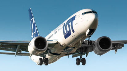 SP-LVA - LOT - Polish Airlines Boeing 737-8 MAX