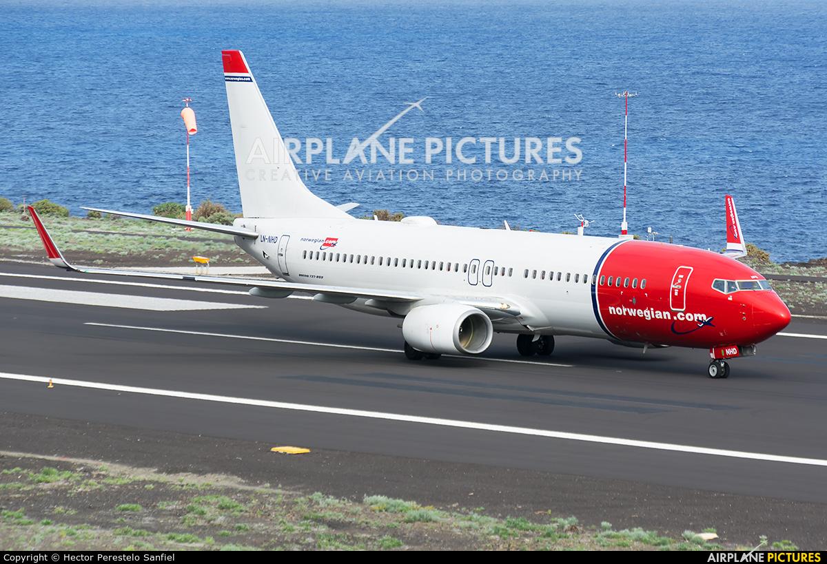 Norwegian Air Shuttle LN-NHD aircraft at Santa Cruz de La Palma