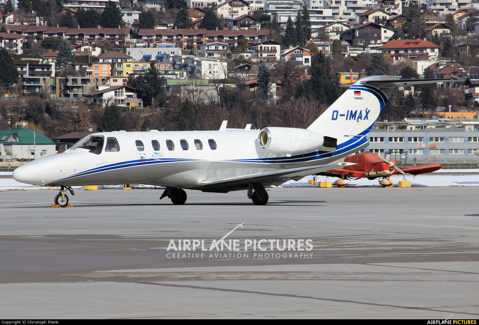 Private D-IMAX aircraft at Innsbruck