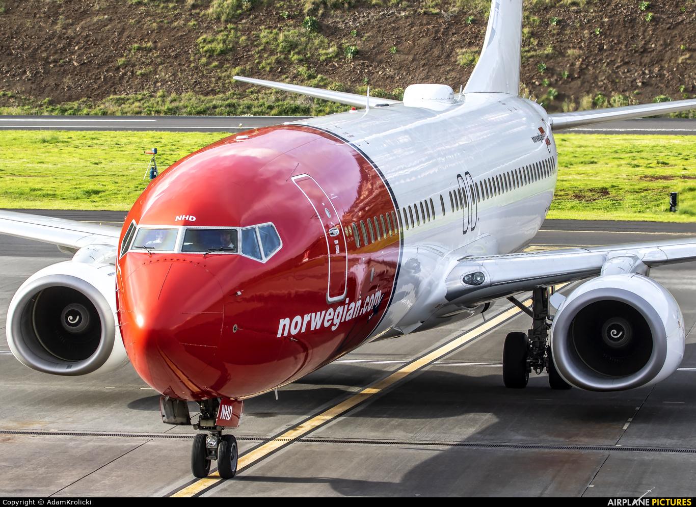 Norwegian Air Shuttle LN-NHD aircraft at Madeira
