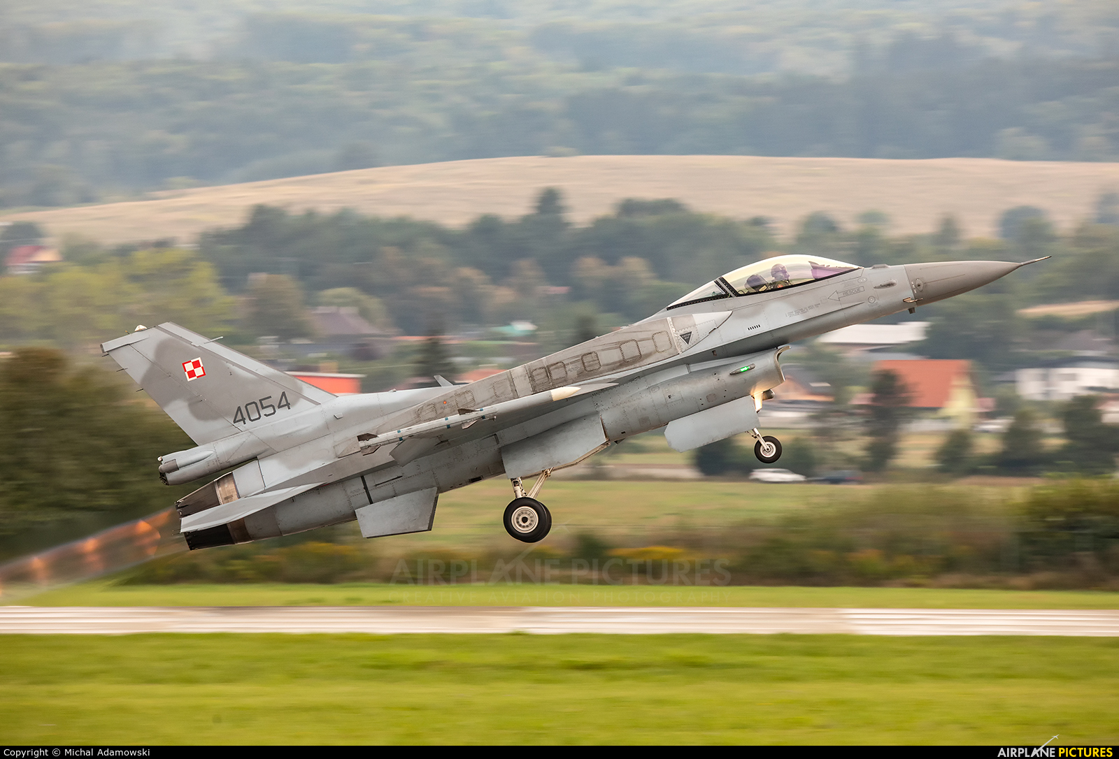 Poland - Air Force 4054 aircraft at Sliač