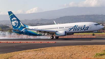 N592AS - Alaska Airlines Boeing 737-800