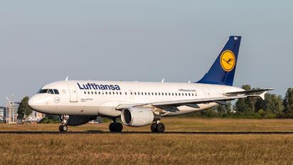 D-AIBH - Lufthansa Airbus A319