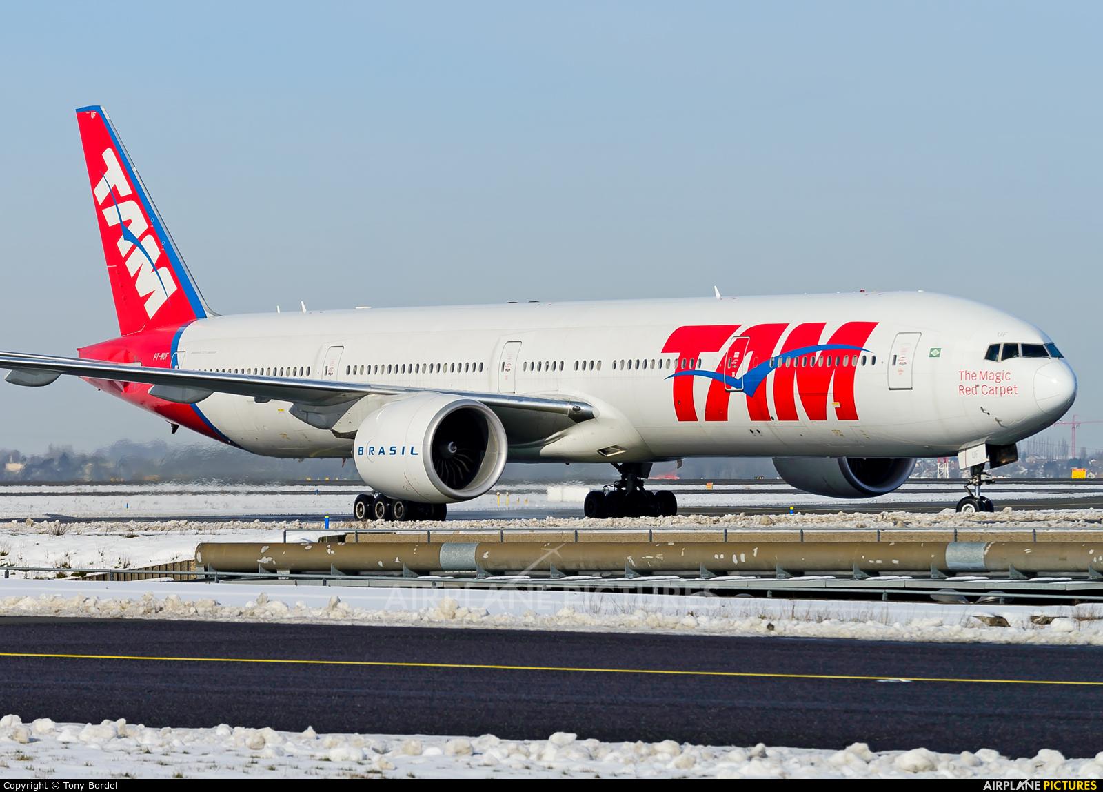 TAM PT-MUF aircraft at Paris - Charles de Gaulle