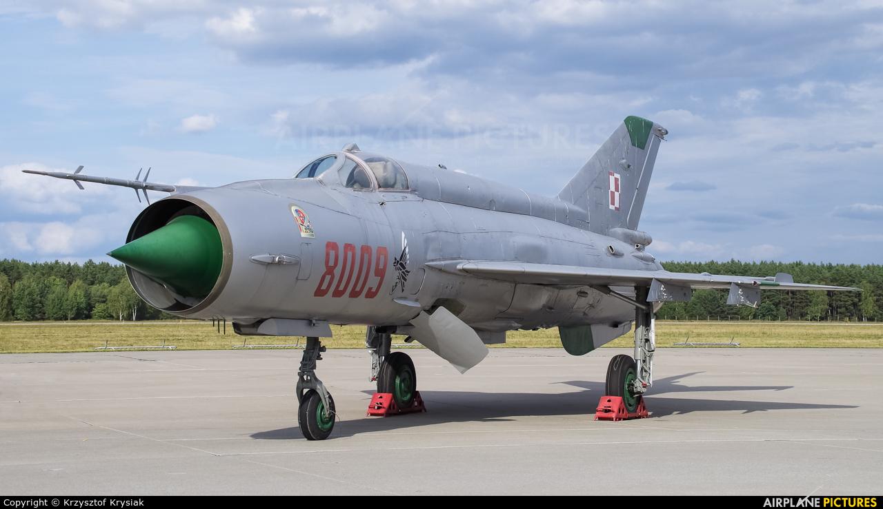 Poland - Air Force 8009 aircraft at Mirosławiec