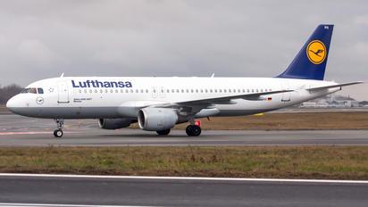 D-AIPH - Lufthansa Airbus A320