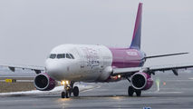 Wizz Air HA-LXR image