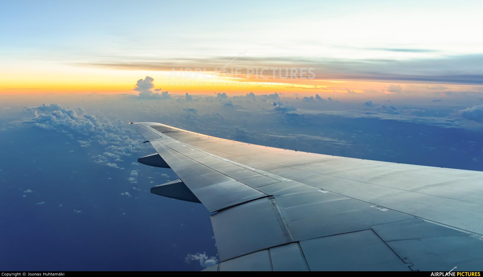 Cathay Pacific B-HNH aircraft at In Flight - International