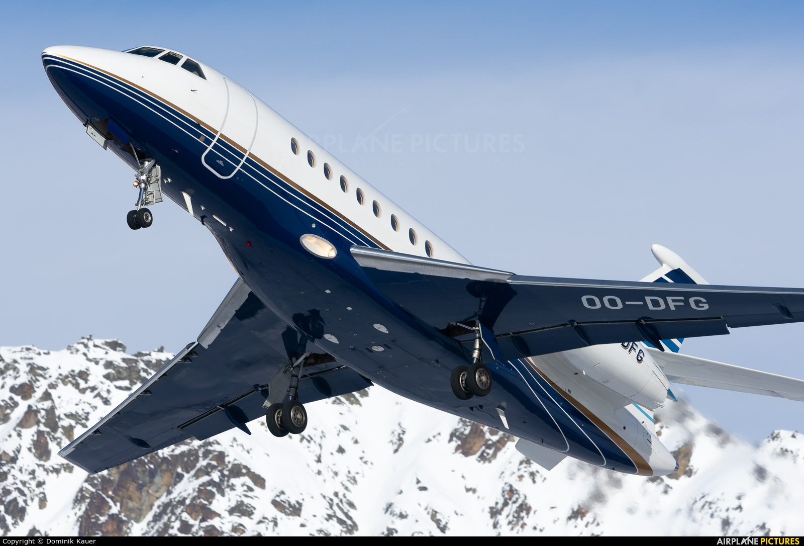 Abelag Aviation OO-DFG aircraft at Samedan - Engadin
