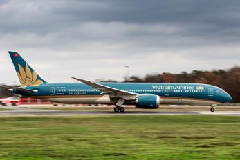VN-A870 - Vietnam Airlines Boeing 787-9 Dreamliner