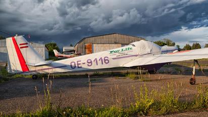 OE-9116 - Private Scheibe-Flugzeugbau SF-25 Falke