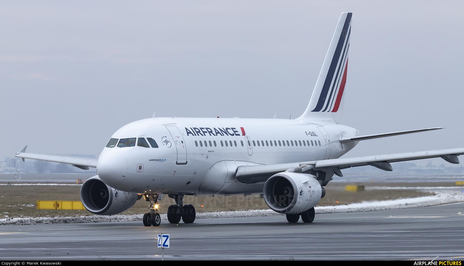 Air France F-GUGL aircraft at Warsaw - Frederic Chopin