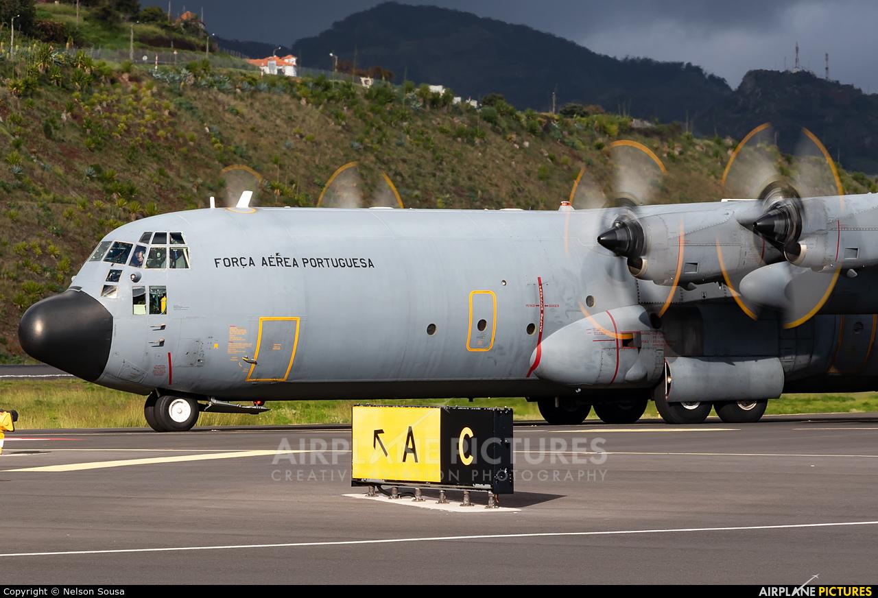 Portugal - Air Force 16806 aircraft at Madeira