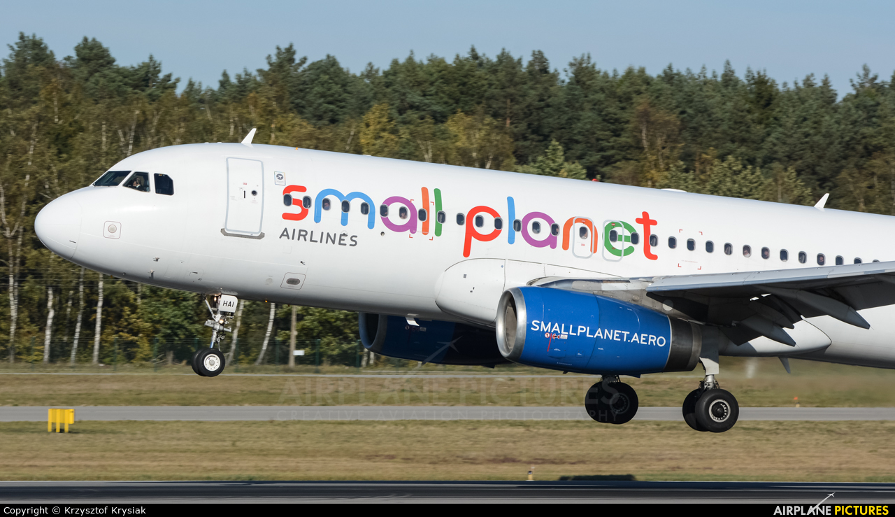 Small Planet Airlines SP-HAI aircraft at Gdańsk - Lech Wałęsa