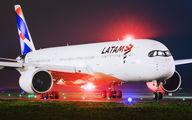 PR-XTH - LATAM Brasil Airbus A350-900 aircraft