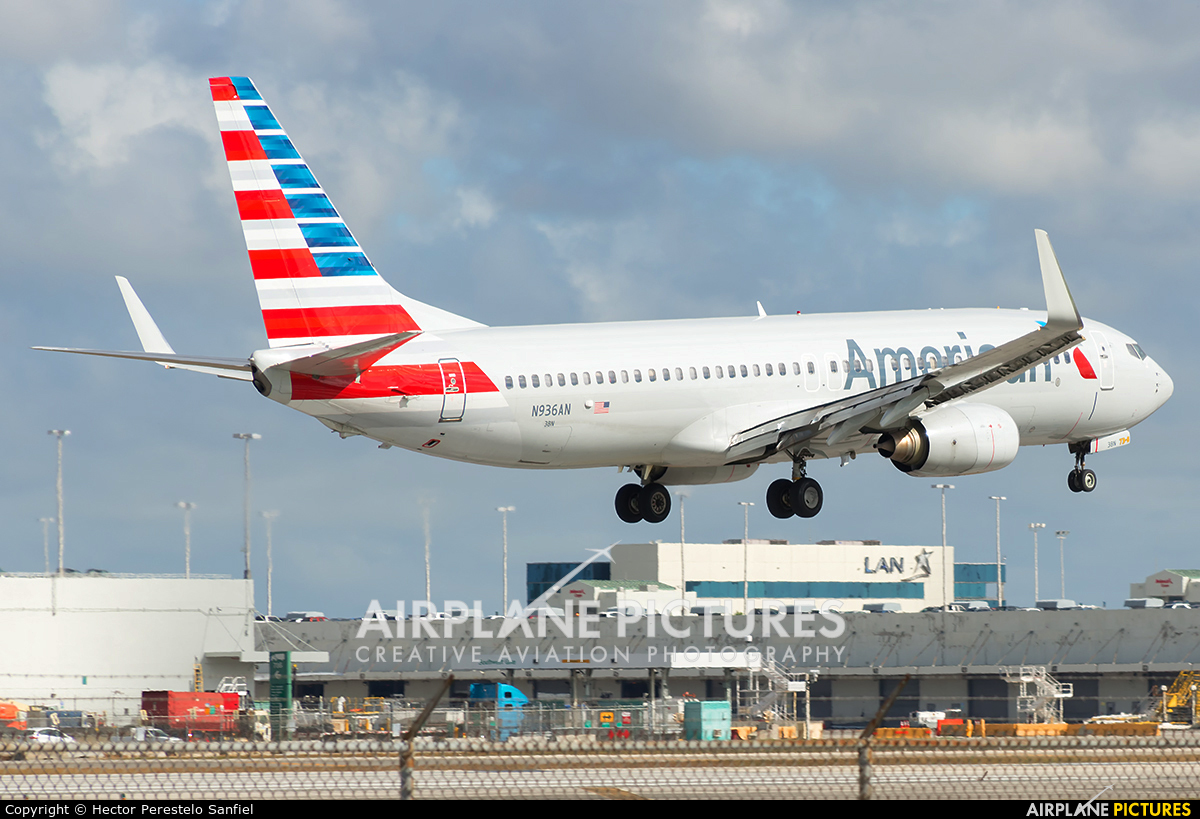 American Airlines N936AN aircraft at Miami Intl