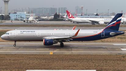 VP-BAY - Aeroflot Airbus A321