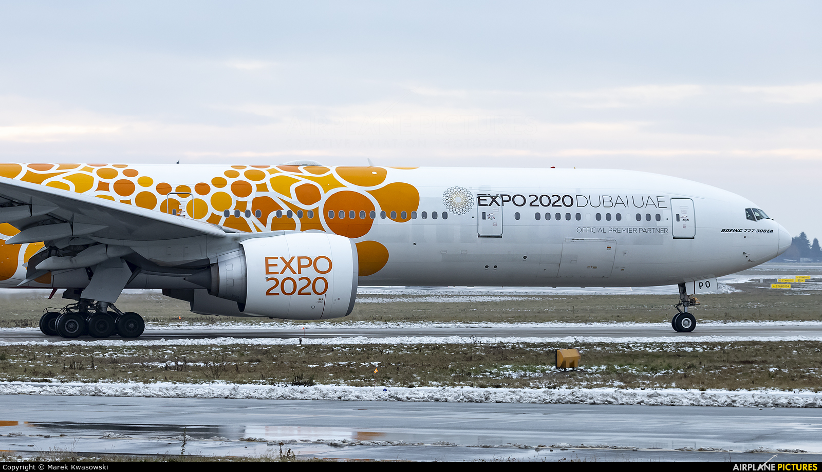 Emirates Airlines A6-EPO aircraft at Warsaw - Frederic Chopin