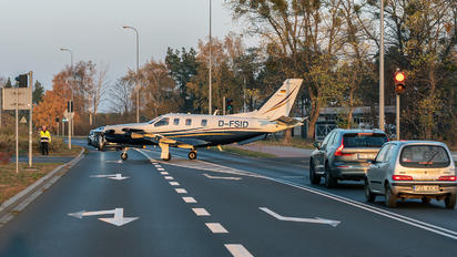 D-FSID - Private Socata TBM 700