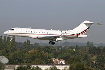 CS-GLB - NetJets Europe (Portugal) Bombardier BD-700 Global Express