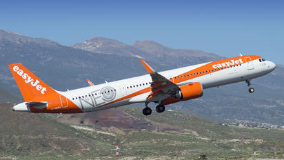 G-UZMA - easyJet Airbus A321 NEO