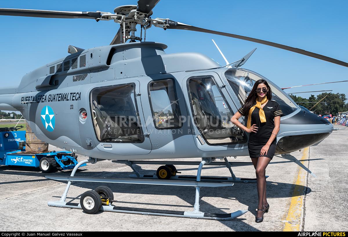 - Aviation Glamour  aircraft at Guatemala - La Aurora