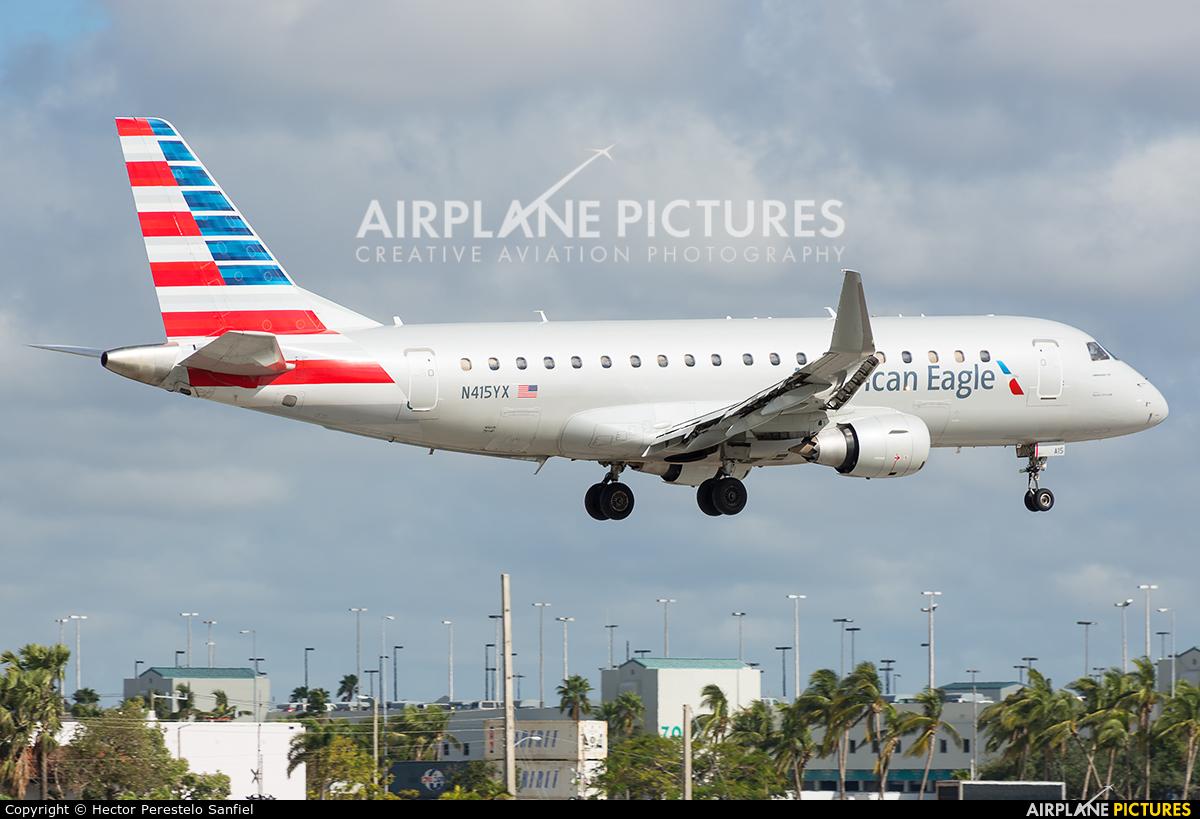 American Eagle N415YX aircraft at Miami Intl