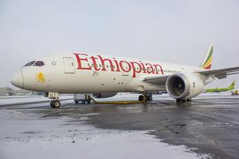 ET-ATL - Ethiopian Airlines Boeing 787-8 Dreamliner